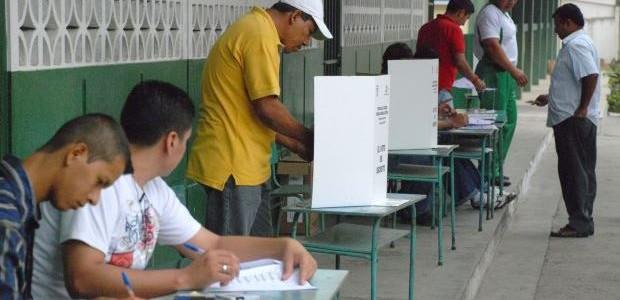 ECUADOR SI VOTA PER IL NUOVO PRESIDENTE