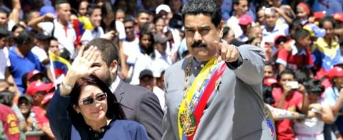 VENEZUELA ESAUTORATO IL PARLAMENTO MADURO PRENDE IL POTERE