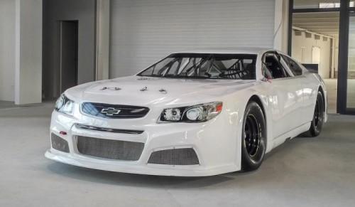 La 50esima vettura Euro-NASCAR lascia la sede di Team FJ
