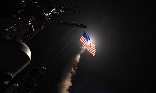 USA: DONALD TRUMP, ORDINA IL BOMBARDAMENTO IN SIRIA, LANCIATI 59 MISSILI