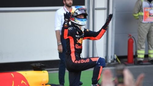 GP Azerbaijan vince Ricciardo Ferrari penalizzata