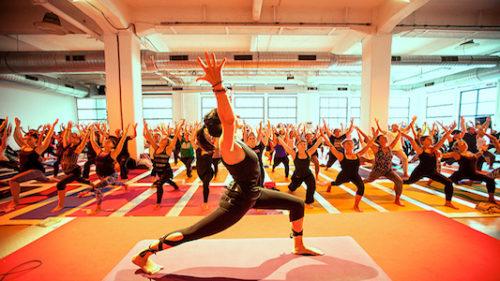 Tre giorni dedicati all'equilibrio fisico e mentale. Da venerdì a domenica lo Yogafestival arriva alla Fabbrica del vapore
