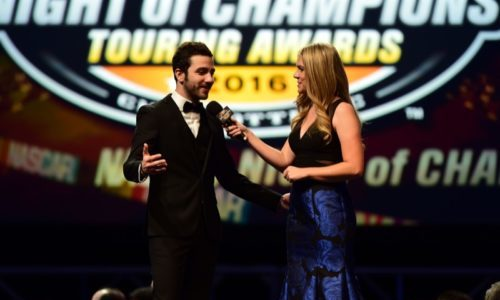 NWES pronto a festeggiare presso la NASCAR Hall Of Fame