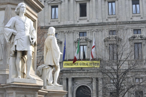 Comune al fianco di Amnesty International. Fiaccolata in piazza della Scala il 25 gennaio