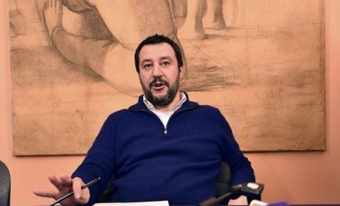 """SALVINI, """"SE ANDIAMO AL GOBERNO CHIUDEREMO TUTTI I CENTRI ISLAMICI"""". POI SI CORREGGE: """"SOLO GLI ILLEGALI"""""""