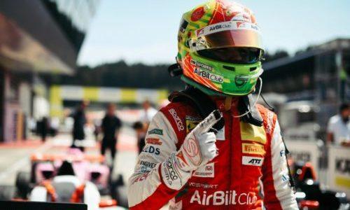 Enzo Fittipaldi vince Gara 1 dalla pole position