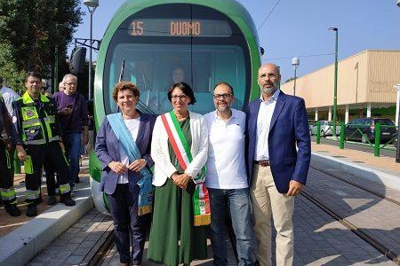 Inaugurata la nuova linea del tram 15. Rozzano più vicina al centro di Milano