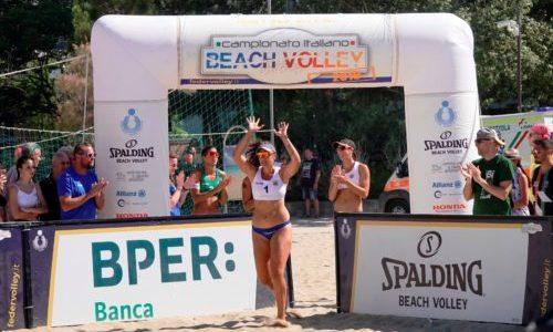 Il campionato italiano assoluto di beach volley fa tappa a Cagliari